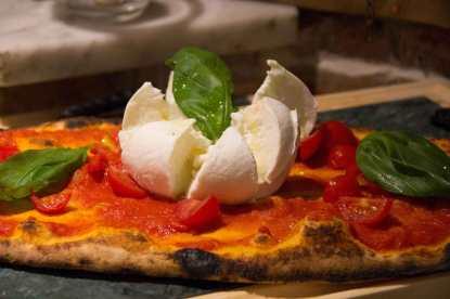 Pizzeria Regio Nero