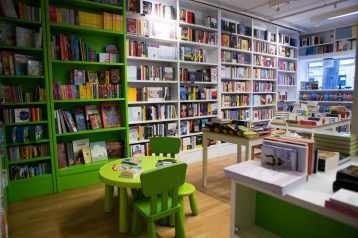 libreria-alzaia-foto-ilaria-costanzo
